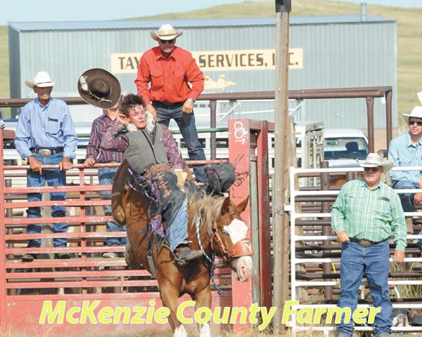 Schwagler wins bareback riding, other events result in ties